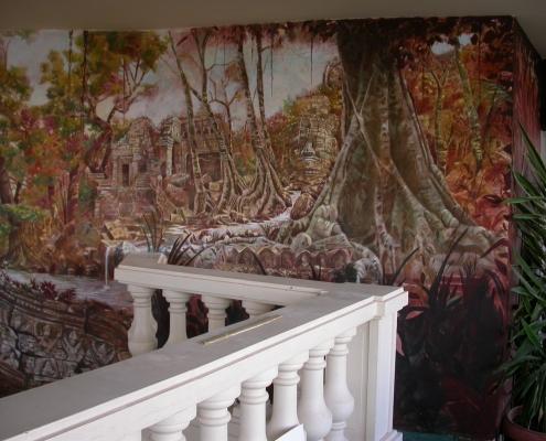 Grande fresque peinte sur le thème des ruines d'Angkor - Restaurant La Siesta / France - Alain Grand Peintre décorateur