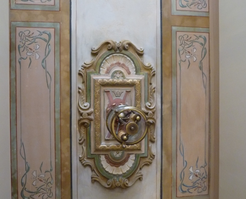 Détail restauration d'un plafond ancien - Particulier / France - Alain Grand Peintre décorateur