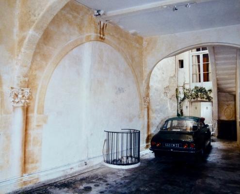 Entrée d'immeuble d'un hotel particulier / France - Alain Grand Peintre décorateur